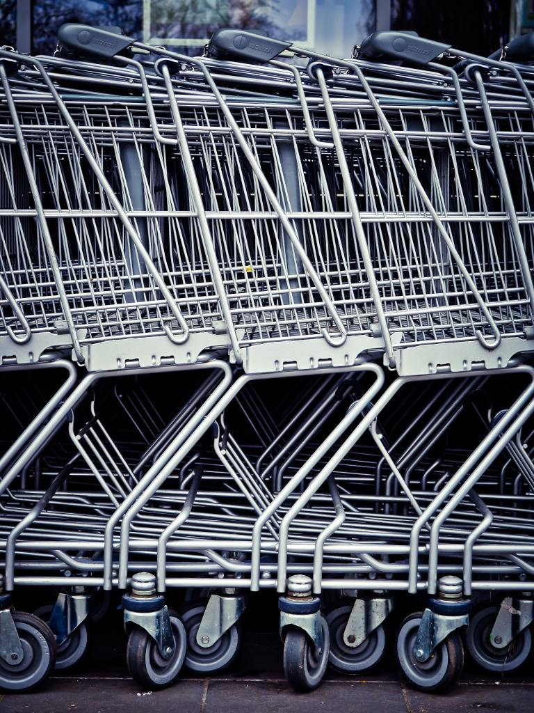 Rack of grocery carts.